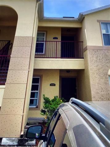 2772 Club Cortile Circle Kissimmee FL 34746