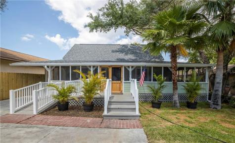 1306 Lakeview Road Clearwater FL 33756