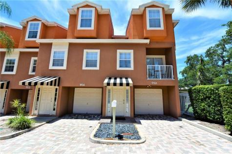 916 Laura Street Clearwater FL 33755