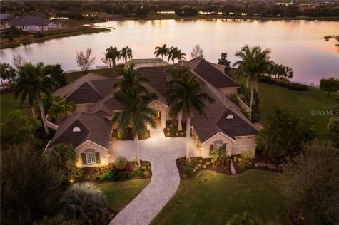 16006 Foremast Place Lakewood Ranch FL 34202