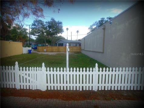 539 Main Street Dunedin FL 34698