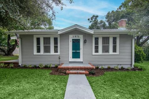 1571 Jasmine Way Clearwater FL 33756