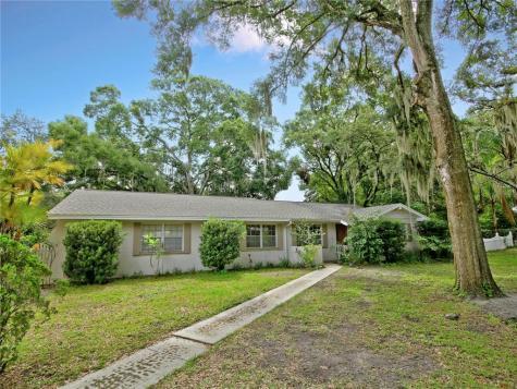 1413 Berkshire Drive Brandon FL 33511