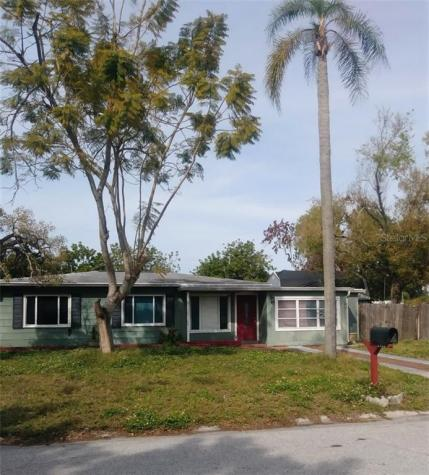 2002 27th Avenue W Bradenton FL 34205