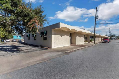 1164-1186 NE Cleveland Street Clearwater FL 33755