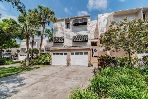 13979 Lake Point Drive Clearwater FL 33762