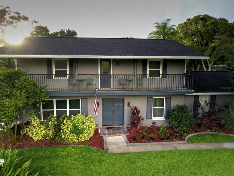 1810 Oakdale Lane N Clearwater FL 33764