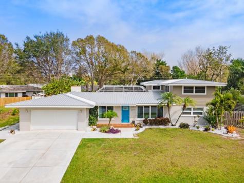 2479 Sunnyside Lane Sarasota FL 34239