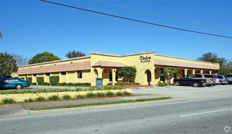 6239 Edgewater Drive Orlando FL 32810