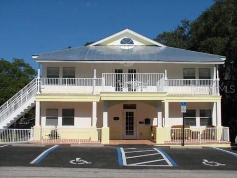 1215 12th Street Palm Harbor FL 34683