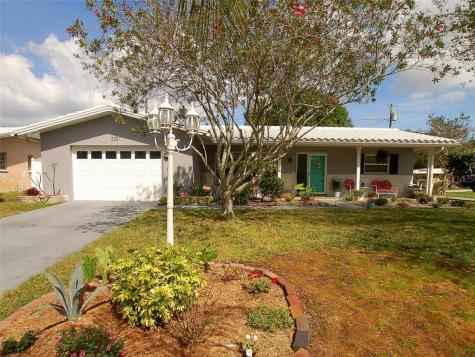 2301 Tudor Lane Clearwater FL 33763