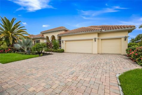10509 Winding Stream Way Bradenton FL 34212