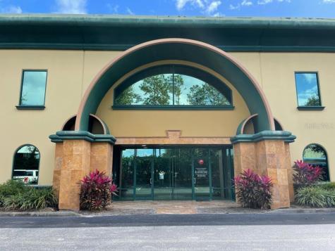 6979 Kingspointe Parkway Orlando FL 32819